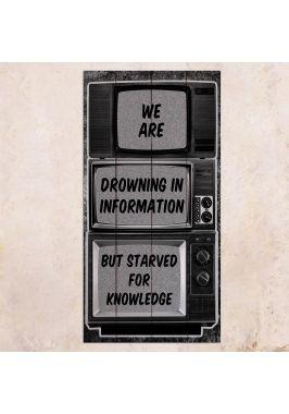 Панно на дереве Drowning in information