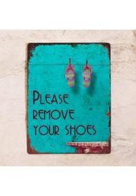 Табличка please remove your shoes
