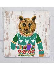 Прикольная картина для декора интерьера Медведь в свитере пьет чай