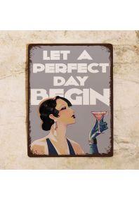 Прикольная металлическая табличка для бара Шампанское  - Пусть начнется чудесный день